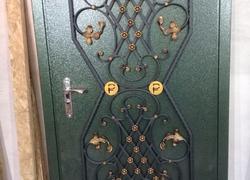 Входная металлическая дверь. Цена от 28 000 руб.