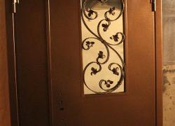 Входная дверь с увеличенным проемом. Цена договорная
